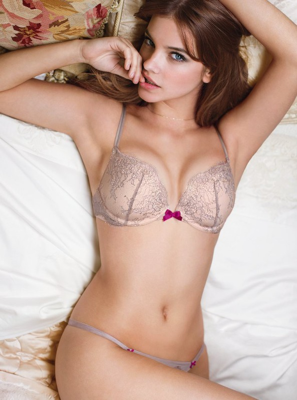 Barbara Palvin : Slutty looks